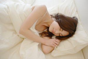 睡眠で母乳は増える!少ない母乳を増やすには