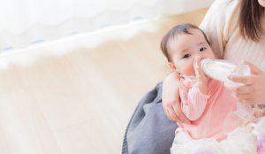 母乳は育児に効果的?ミルクとどちらが良いのか調べてみた