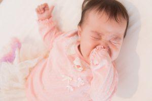 母乳が足りない?赤ちゃんが出す母乳不足のサインとは?